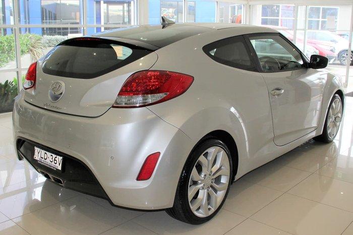 2011 Hyundai Veloster FS Silver