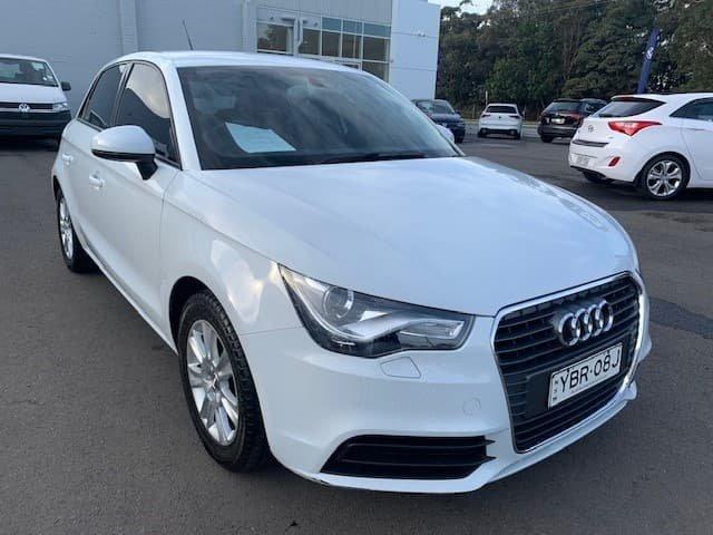 2013 Audi A1 Attraction 8X MY13 Glacier White
