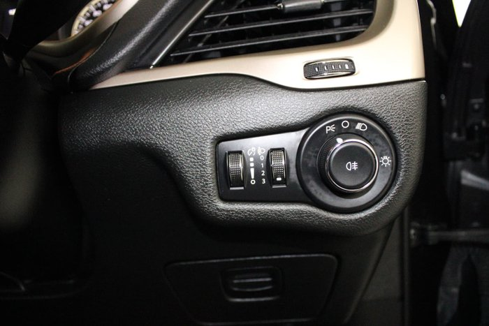 2014 Jeep Cherokee Sport KL MY15 Brilliant Black