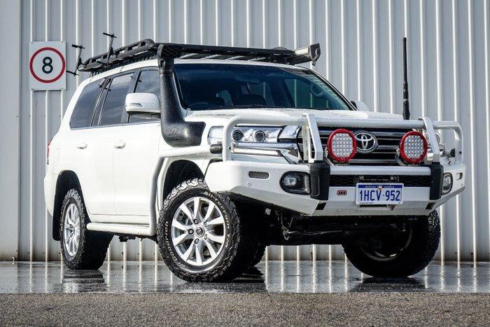 2016 Toyota Landcruiser VX VDJ200R 4X4 Dual Range White