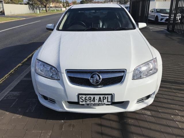 2012 Holden COMMODORE 2012 Holden COMMODORE EQUIPE AUTO 4D SEDAN V6 White
