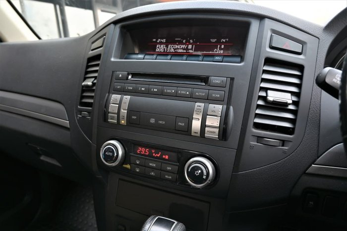 2012 Mitsubishi Pajero GLX-R NW MY13 4X4 White