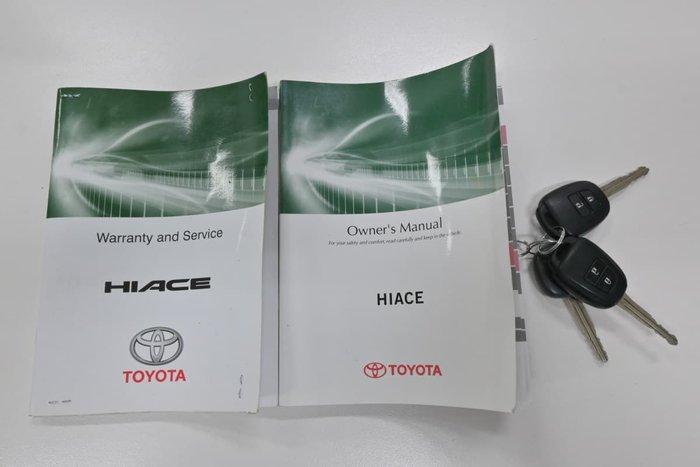 2015 Toyota Hiace KDH201R French Vanilla
