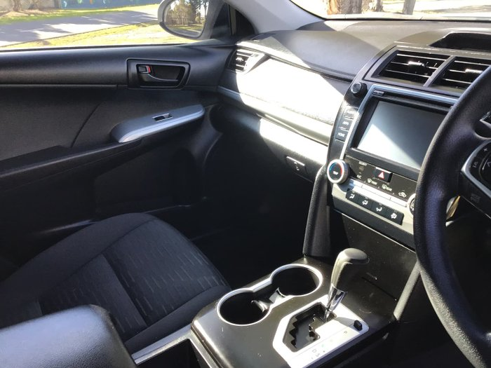 2017 Toyota Camry Altise ASV50R Silver Pearl