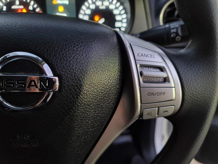 2017 Nissan Navara SL D23 Series 2 4X4 Dual Range Polar White