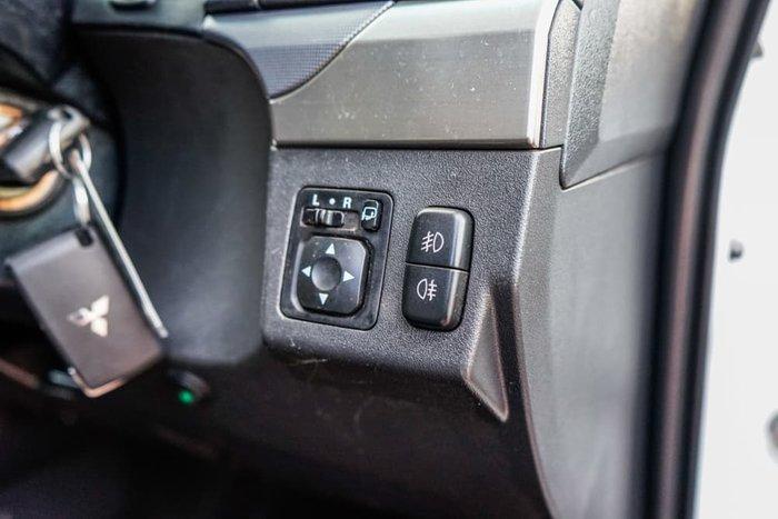 2017 Mitsubishi Pajero GLX NX MY18 4X4 Dual Range White