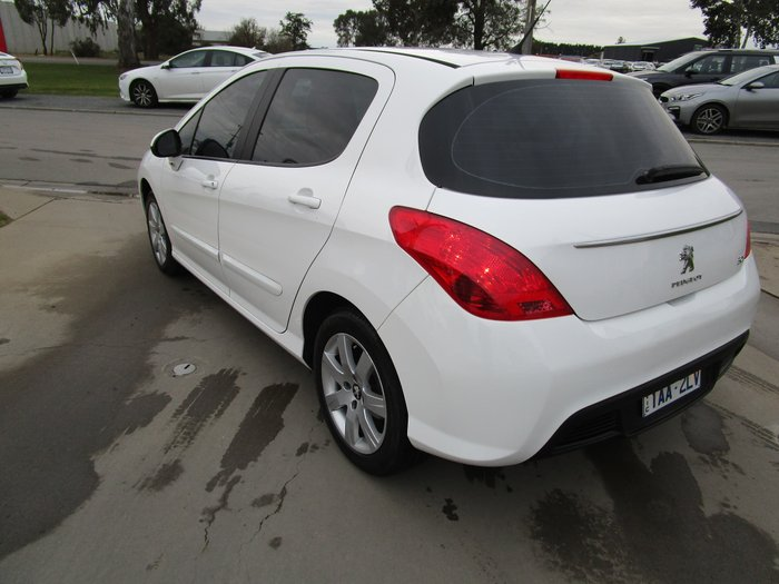 2013 Peugeot 308 Style T7 MY13 Bianca White