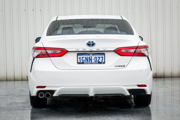 2018 Toyota Camry Ascent Sport AXVH71R Glacier White