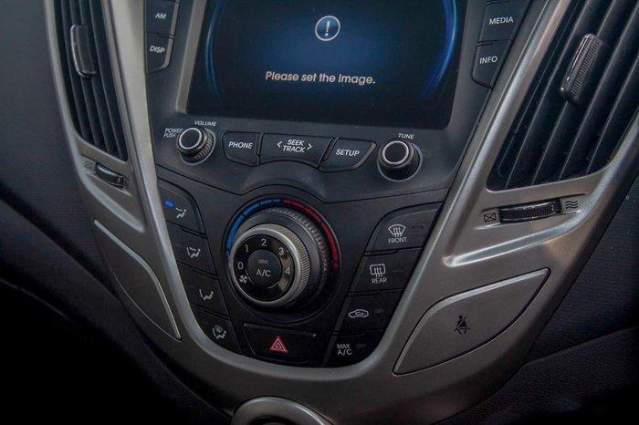 2013 Hyundai Veloster FS2 Red