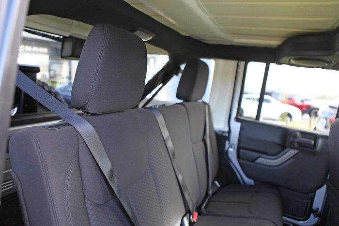 2014 Jeep Wrangler Unlimited Sport JK MY14 4X4 Dual Range Silver