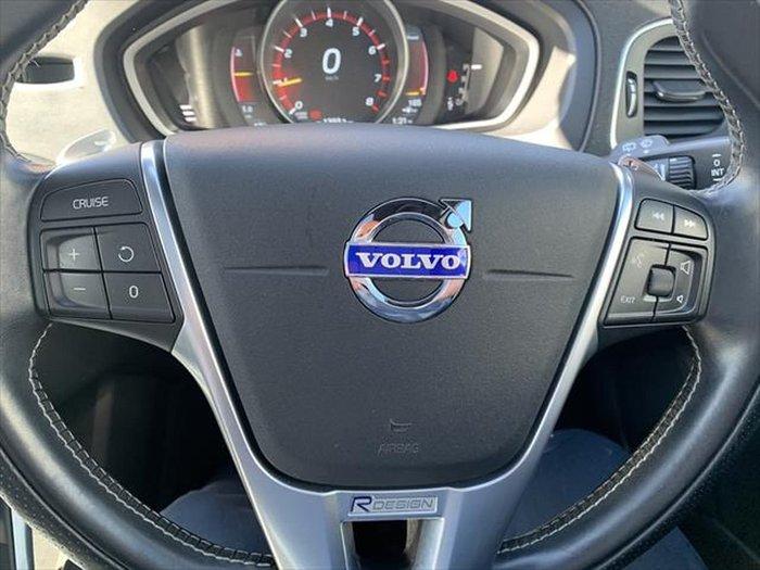 2015 Volvo V40 T5 R-Design MY15 Red