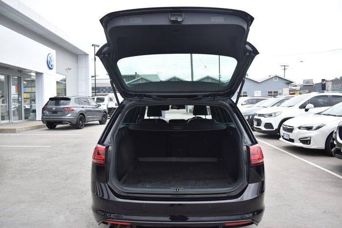 2016 Volkswagen Golf 110TSI Highline 7 MY16 Deep Black