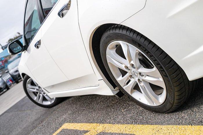 2011 Honda Accord Euro Luxury 8th Gen MY11 White