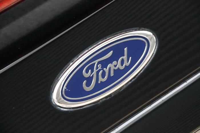 2007 Ford Falcon XR6 BF Mk II Silhouette