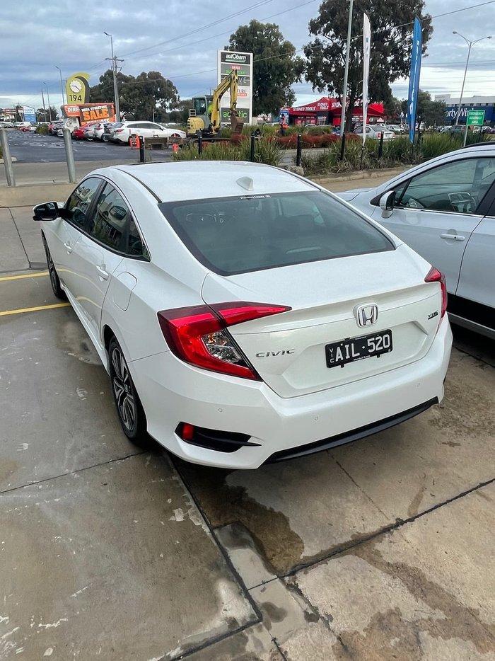 2016 Honda Civic VTi-LX 10th Gen MY16 White
