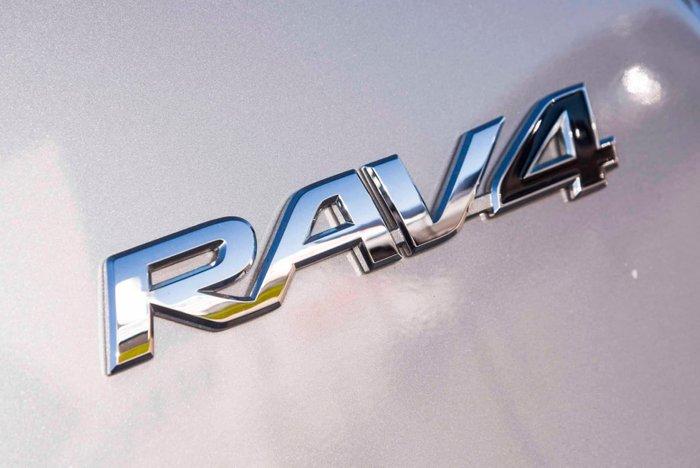 2018 Toyota RAV4 GX ZSA42R Silver Sky