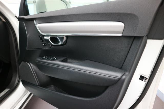 2016 Volvo S90 T5 Momentum MY17 White
