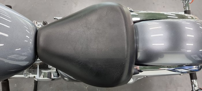 2013 Suzuki VL250 (LC250 INTRUDER) SILVER