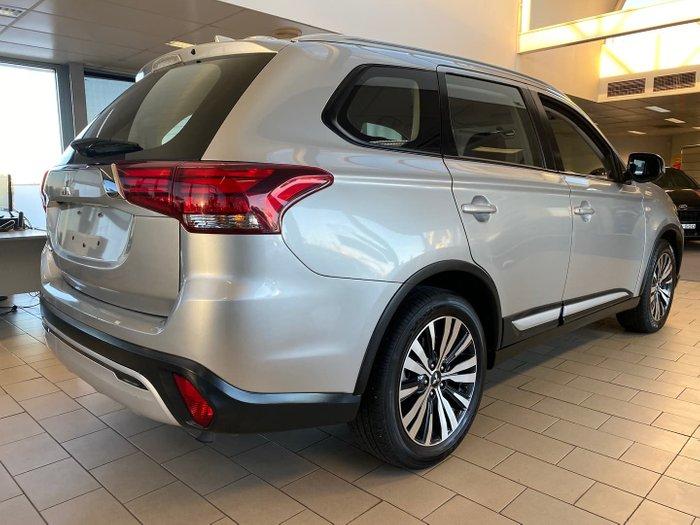 2018 Mitsubishi Outlander ES ZL MY19 Sterling Silver