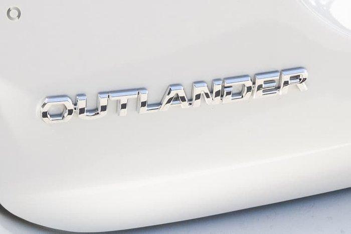2021 Mitsubishi Outlander ES ZL MY21 Starlight
