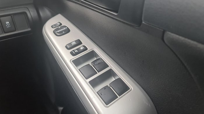 2016 Toyota Camry RZ ASV50R Silver
