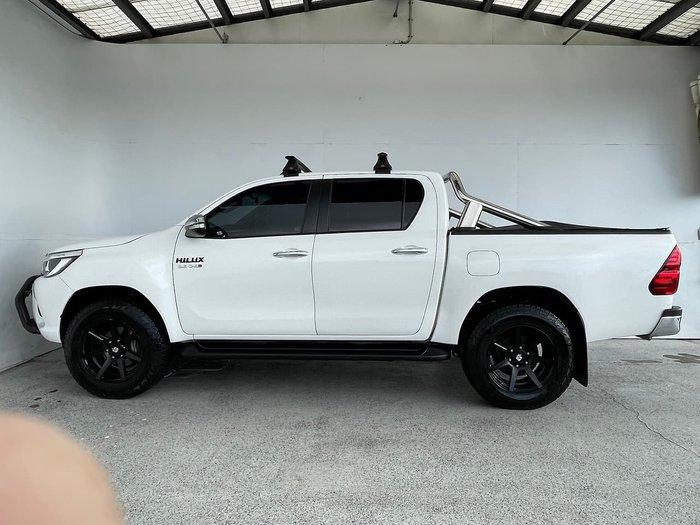 2015 Toyota Hilux SR5 Hi-Rider GUN136R White