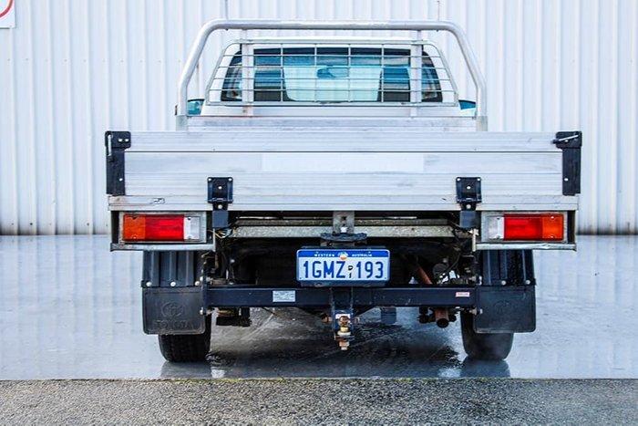 2018 Toyota Hilux Workmate TGN121R Glacier White