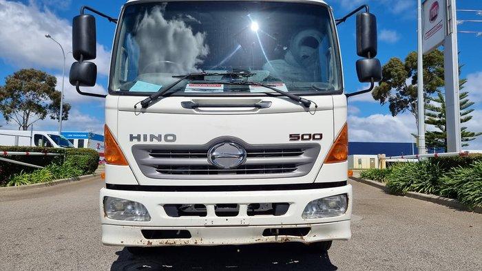 2014 HINO 500 SERIES WHITE
