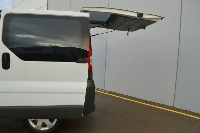 2012 RENAULT TRAFIC Low Roof Quickshift X83 Phase 3 APOLLO WHITE