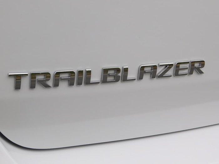 2017 Holden Trailblazer LTZ RG MY17 4X4 Dual Range White