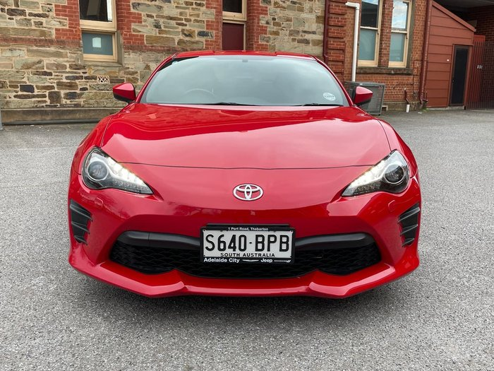 2017 TOYOTA 86 GT ZN6 Red