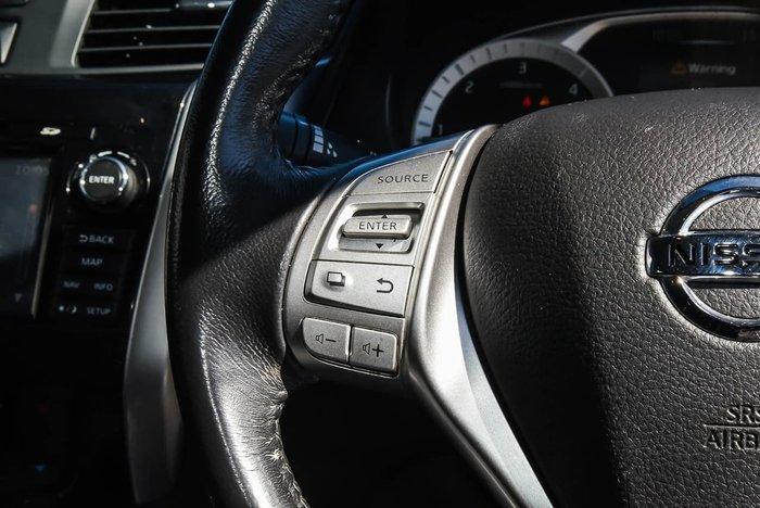 2018 Nissan Navara ST-X D23 Series 3 4X4 Dual Range Black