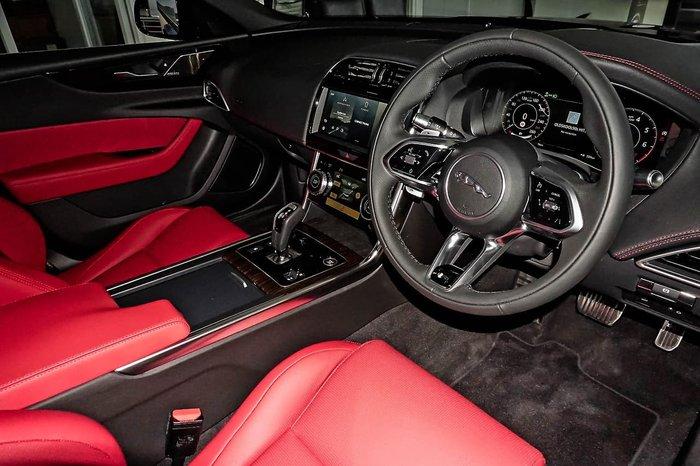 2021 Jaguar XE P300 R-Dynamic HSE X760 MY21 AWD Blue