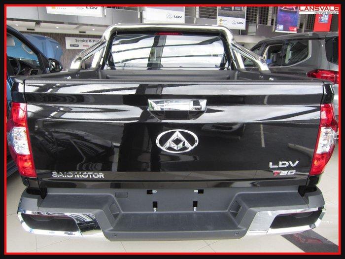 2021 LDV T60 LUXE SK8C METAL BLACK
