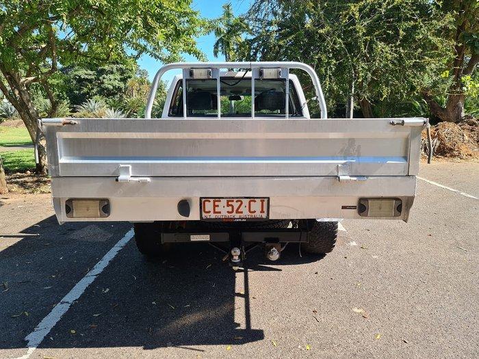 2012 NISSAN NAVARA ST-R D22 White
