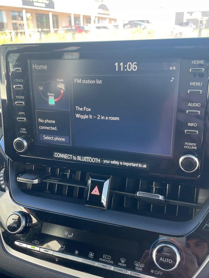 2019 Toyota Corolla Ascent Sport Hybrid ZWE211R White