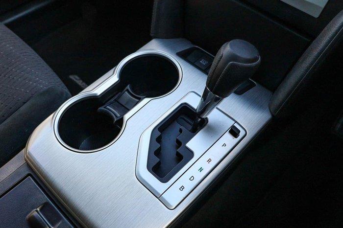 2013 Toyota Camry Hybrid H AVV50R White