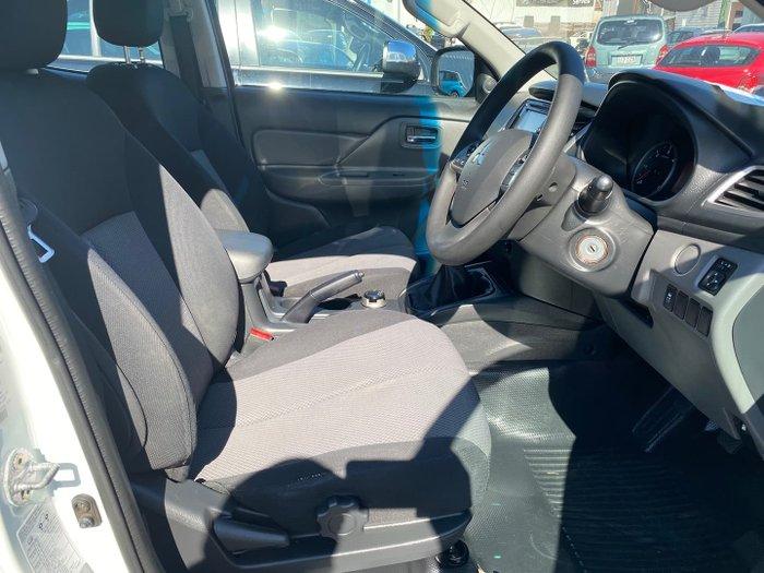 2016 Mitsubishi Triton GLX MQ MY17 4X4 Dual Range White