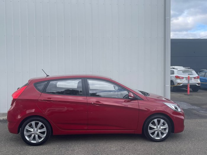 2018 Hyundai Accent Sport RB6 MY18 Pulse Red