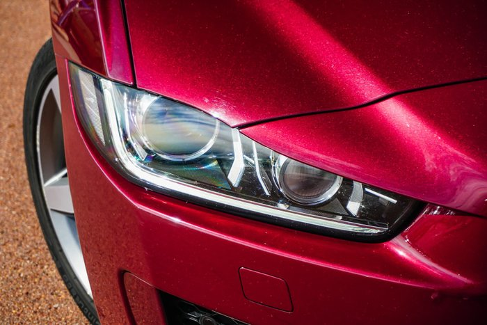 2016 Jaguar XE 20t R-Sport X760 MY17 Odyssey Red