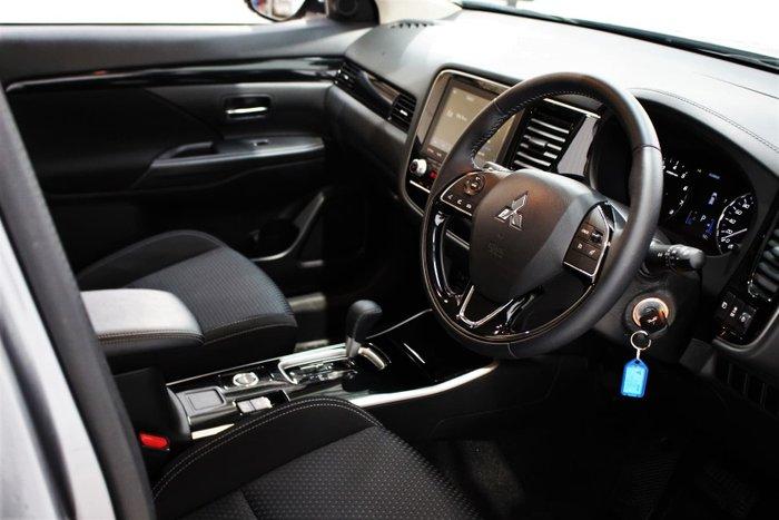 2020 Mitsubishi Outlander ES ZL MY21 AWD Titanium
