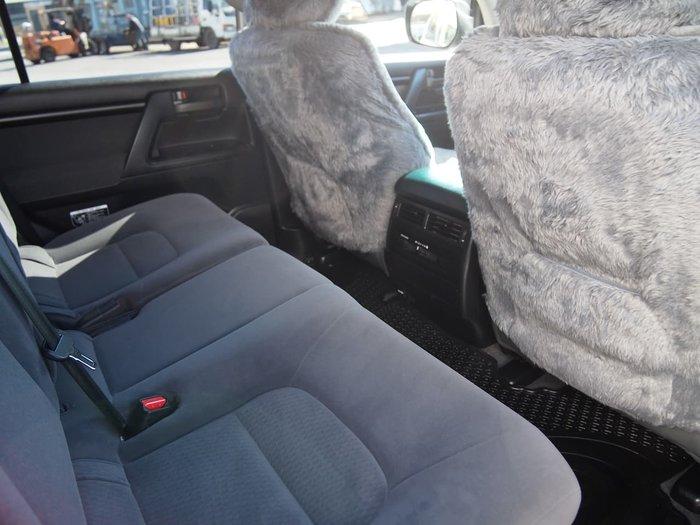 2014 Toyota Landcruiser GXL VDJ200R MY13 4X4 Dual Range White