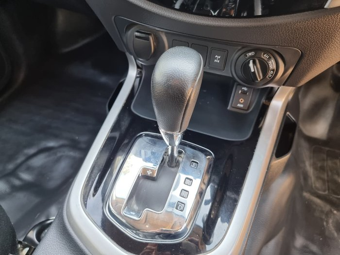 2019 Nissan Navara SL D23 Series 3 4X4 Dual Range Polar White