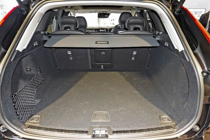 2021 Volvo XC60 T5 Inscription MY21 AWD Onyx Black