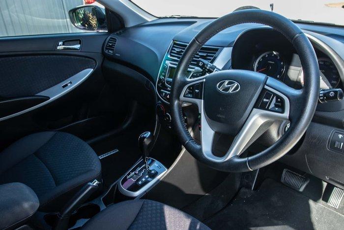 2012 Hyundai Accent Elite RB White