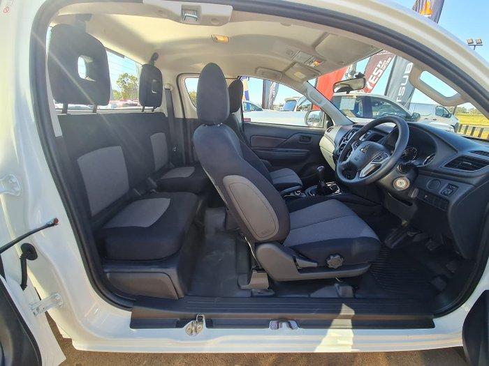 2021 Mitsubishi Triton GLX MR MY22 4X4 Dual Range White