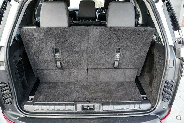 2018 Land Rover Discovery SD4 SE Series 5 MY18 4X4 Dual Range Fuji White