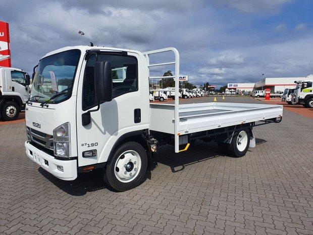 2021 Isuzu NQR 87/80-190 4.5 Ton Tray