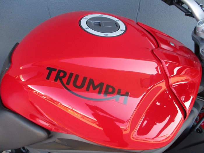 2015 Triumph SPEED TRIPLE (ABS) RED