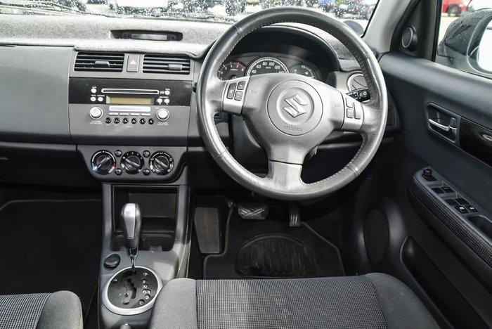 2005 Suzuki Swift RS415 Silver
